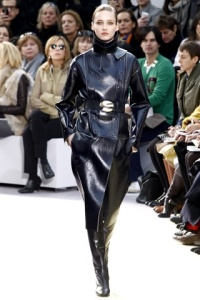 TOP FALL 2010 TRENDS:  #2 LEATHER