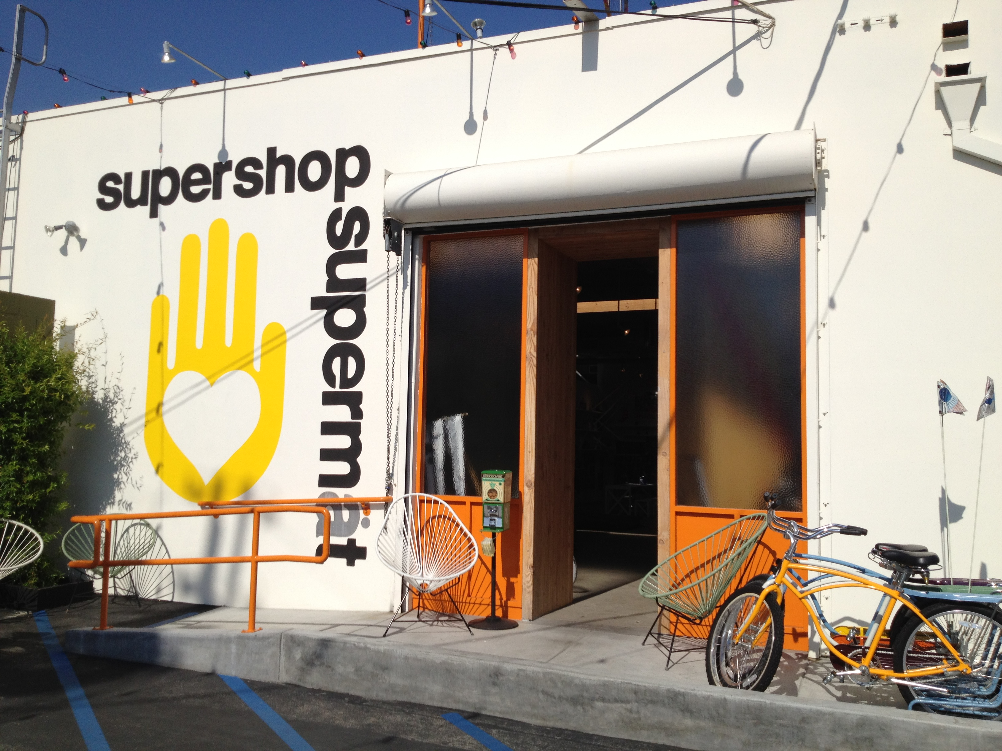 RETAIL REVIEW:  FREE CITY SUPERSHOP