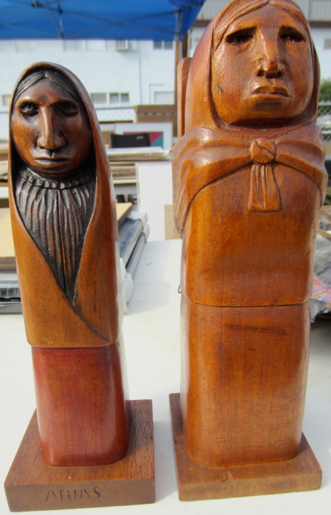 These wooden carved women were very unusual and a nice compliment to one another.