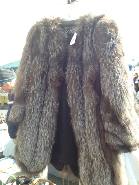 This brown fox coat was spectacular and fit perfectly.  I so don't need this, but I really wanted to buy it!
