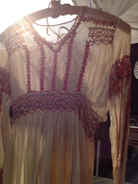 Loved this Victorian inspired vintage embroidered dress. I want this for summertime.