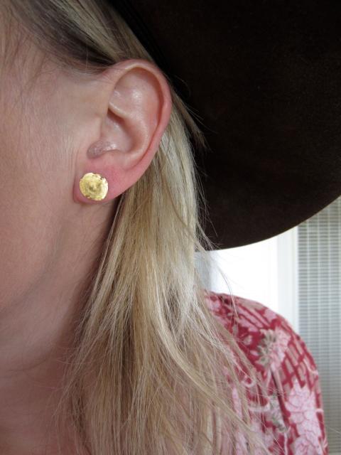 Gold foil circle earring